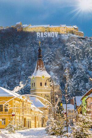 Landscape with Rasnov town and medieval fortress, Brasov, Transylvania, Romania 版權商用圖片
