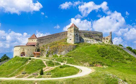 Medieval fortress (citadel) in Rasnov city, Brasov, Transylvania, Romania 版權商用圖片