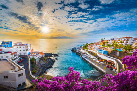 Sunrise in Puerto de Santiago city,  Atlantic Ocean coast, Tenerife, Canary island, Spain Stockfoto