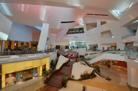 workhouse: shopping mall