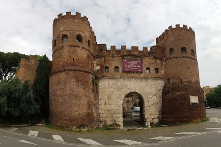 Porta San Paolo is historic site, medieval architecture and history. That marvel has fortification, wall and building and that beauty contains sky, castle and château. Editorial