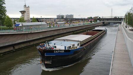 La ville belge de Charleroi. Situé près de l'aéroport populaire. C'est un bel endroit!
