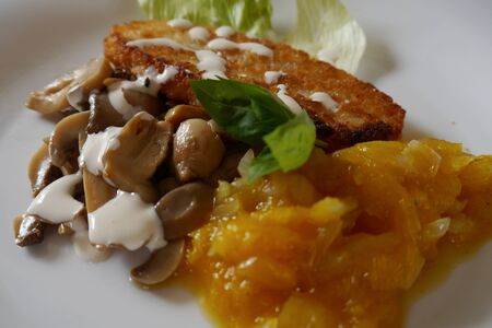 chutney: light food healhy dinner mango chutney potatoes and mushrooms