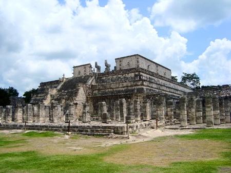 cultura maya: mayan ruins pyramid culture mexico chitzen itza yucatan Foto de archivo