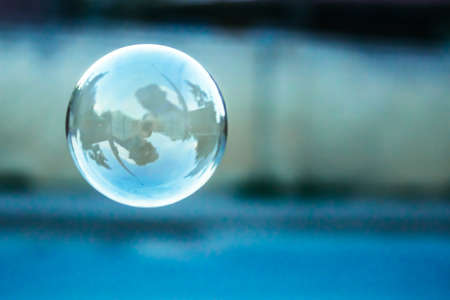 blue blurred natural background with soap bubble 版權商用圖片