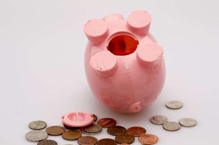 beroofd: Piggy Bank beroofd Stockfoto