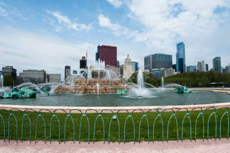 Buckingham Fountain in Chicago Stock Photo - 20359439