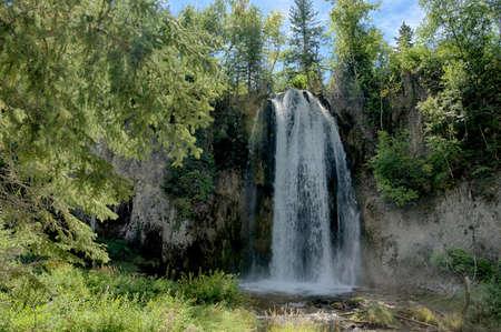 south dakota: Waterfall in Spearfish, South Dakota