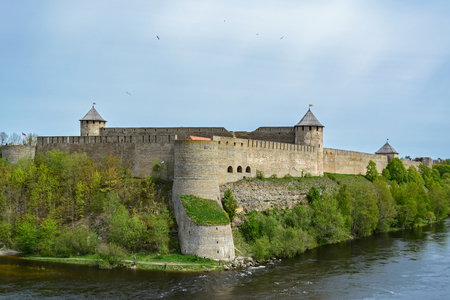 dome of the rock: The view of the old fortress in Ivangorod on the right Bank of the Narva river from Narva castle.