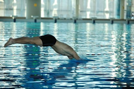 nadador: health and fitness lifestyle concept with young athlete swimmer recreating  on olimpic pool Imagens