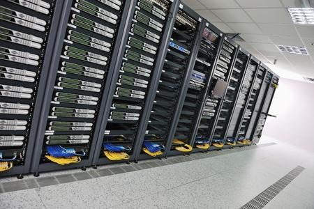 Network Server Internetraum mit Computer-Racks und digital-Receiver für digital-tv