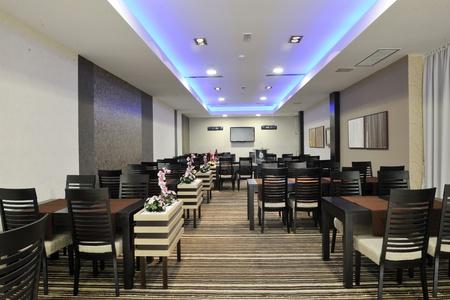 dinning: modern style restaurant indoor at hotel Stock Photo