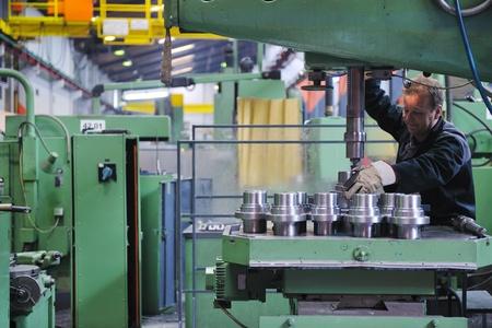 engineering people manofacturing industry with big modern computer mashines i company  hall Stock Photo - 13327035