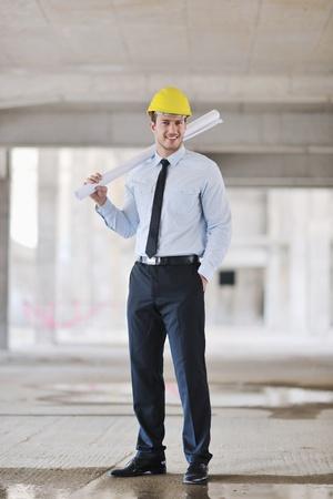 Construction Project Geschäftsmann Architect Ingenieur-Manager auf der Baustelle Standard-Bild