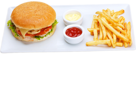 comida rapida: bodeg�n con men� r�pido hamburguesa de comida, patatas fritas, refrescos y salsa de tomate Foto de archivo
