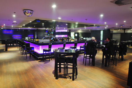 night club: bar moderno club design ristorante chiuso