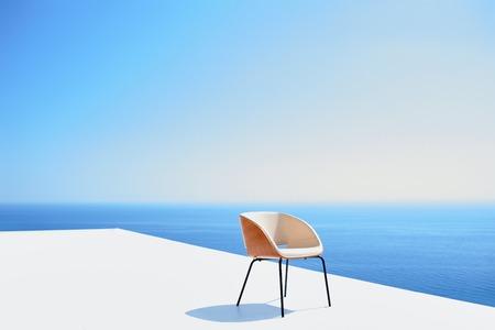 lifestyle: Vue de l'extérieur d'une maison villa moderne et contemporain au coucher du soleil
