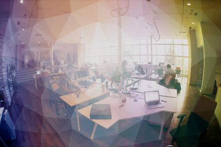 reuniones empresariales: grupo de personas de negocios de inicio de trabajo de trabajo todos los d�as en la oficina moderna