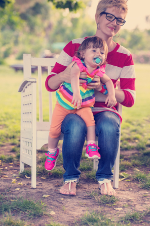 81befecfc00c Small Park Bench Stock Photos And Images - 123RF