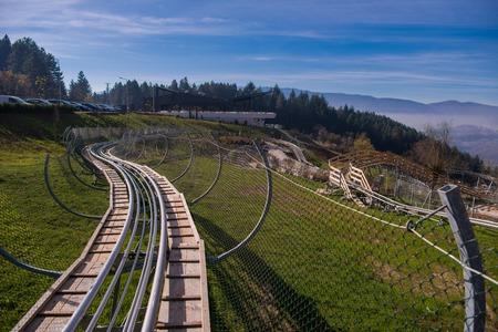 Alpine coaster in beautiful nature 版權商用圖片