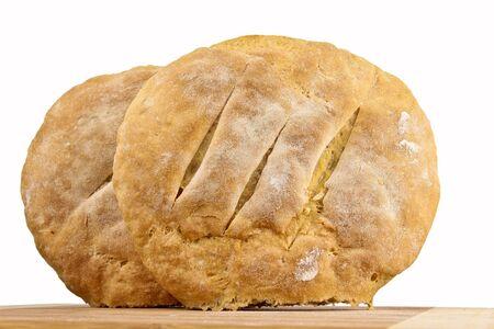 Frisch gebackenes hausgemachtes Brot. Close up auf weißem Hintergrund Standard-Bild - 10925871