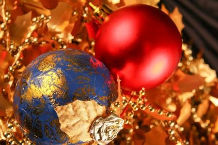 Weihnachtsdekoration. Close up auf dunklem Hintergrund schwarz Standard-Bild - 11310121