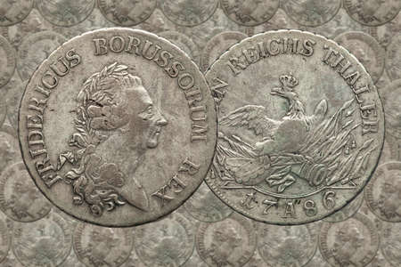 Silver coin german empire prussia 1 taler Fredericus 1786 Imagens