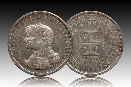 Portugal silver coin thousand 1000 reis minted 1898 Carlos and Amelia, gradient