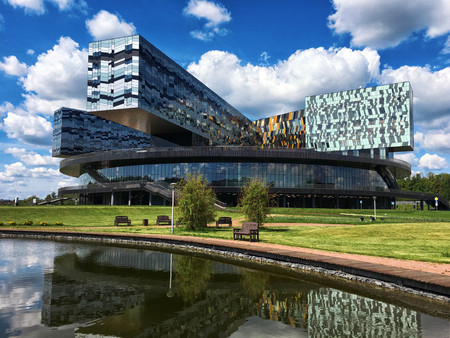 Russian business school Skolkovo Editorial