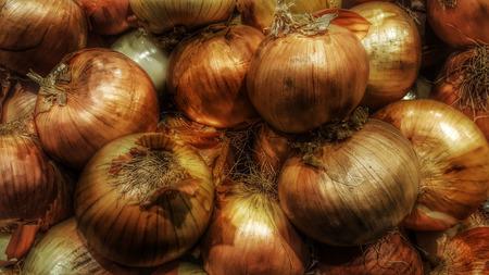 onions stacked on each other Reklamní fotografie - 68333217