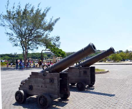 armaments: Havana Cuba: cannon guarding Castillo de San Salvador de la Punta Editorial