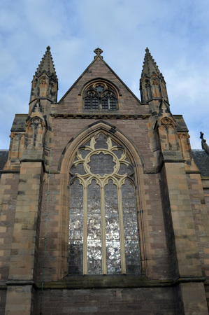 episcopal: Western elevation St Ninians Episcopal Cathedral, Perth, Scotland, showing the west window, paid for by David Carnegie, merchant in Gothenburg, with twelve images of the fall and redemption of man Stock Photo