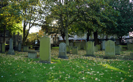 churchyard: Graves in the churchyard of St Nicholas Kirk, the mither kirk mother church, Aberdeen, Scotloand Editorial