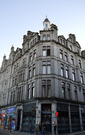 edwardian: Tenement building on Crown Street, Aberdeen, incorporating the Stag bar, formerly the Edwardian Star and Garter public house the auld Starry.