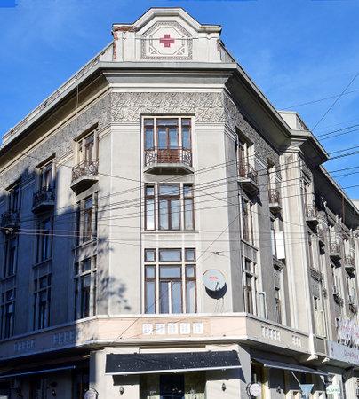 cruz roja: BUCAREST, Rumania - 22 DE FEBRERO DE 2016: El art deco de la Cruz Roja Rumana edificio se encuentra en la esquina de Strada Biserica Amzei. Editorial