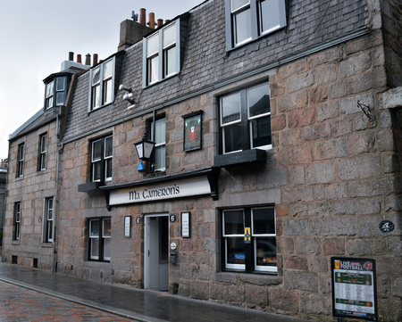 snug: ABERDEEN, SCOTLAND - 6 APRIL 2016: The snug bar at Ma Camerons is the oldest in the city dating from the early 18th century when it was a coaching inn.