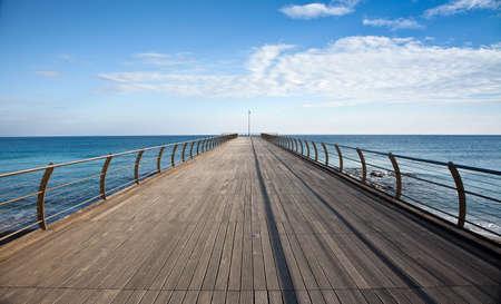 horizont: Pier in Ceriale (Liguria, Italy)