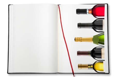 white wine bottle: Abra el libro de ejercicio en blanco sobre fondo blanco con la sombra (clipping path)