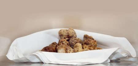 Groep Italiaanse witte truffel