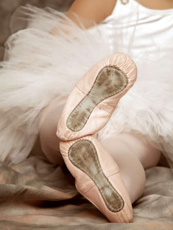 leotard: Little girl with ballet pointe shoes (vintage effect)