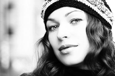 Portret of beautiful woman. Retro fashion photo