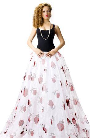 Hermosa mujer con falda larga y blanca Foto de archivo - 5653260
