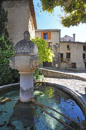 Fountain in Place de Vieux-Marche in the ( Haute-Ville)  medieval city at Vaison La Romain, in the Vancluse, Provence, France.