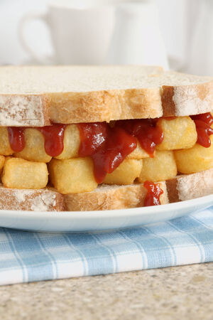 comfort food: Chip Butty chip comfort food britannica o patatine fritte in un panino