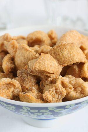 rinds: Pork scratchings or deep fried pork rinds