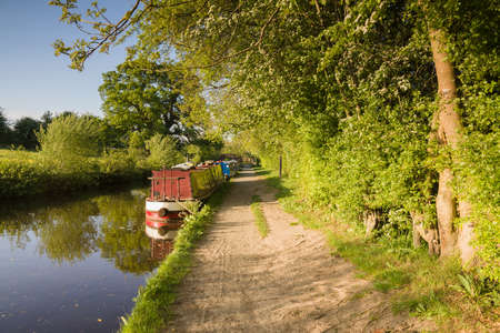 Summer afternoon on the Shropshire Union canal in England