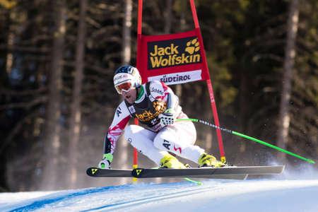 fis: Val Gardena, Italia 20 dicembre 2014. KRIECHMAYR Vincent (Aut) che fa concorrenza nella corsa di Audi FIS di sci alpino Coppa del Mondo di Super-G sulla Saslong corso nella catena montuosa delle Dolomiti. Editoriali