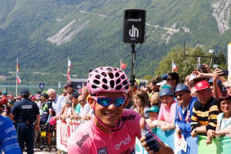 steven: Farra dAlpago lake Santa Croce, Italy – May 21, 2016: Stage 14, Pink jersey Kruijswijk Steven of team Lotto Nl - Jumbo the start of the 99th Tour of Italy 2016 from Farra dAlpago to Corvara.