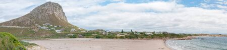 els: ROOI ELS, SOUTH AFRICA - DECEMBER 23, 2014: Panorama of Rooi Els town and beach between Gordons Bay and Kleinmond, South Africa. It is a popular vacation spot for anglers Editorial