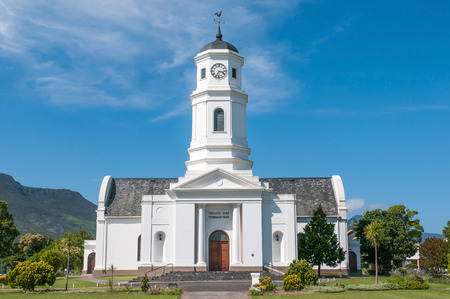 suid: GEORGE, SOUTH AFRICA - JANUARY 4, 2015: Dutch Reformed Mother Church in George, inaugurated 1842